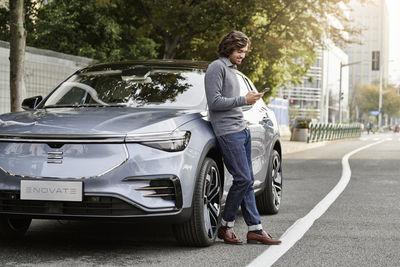 MARION ENSTE-JASPERS : Henrik JAUERT for ENOVATE Automotive