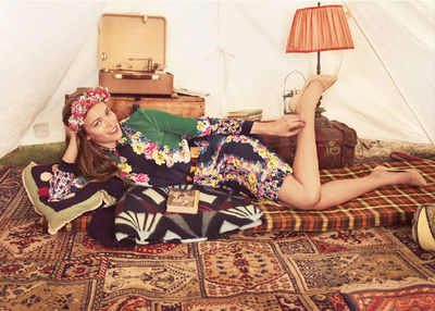 K STIEGEMEYER : Claudia SCHOLTAN for BREUNINGER