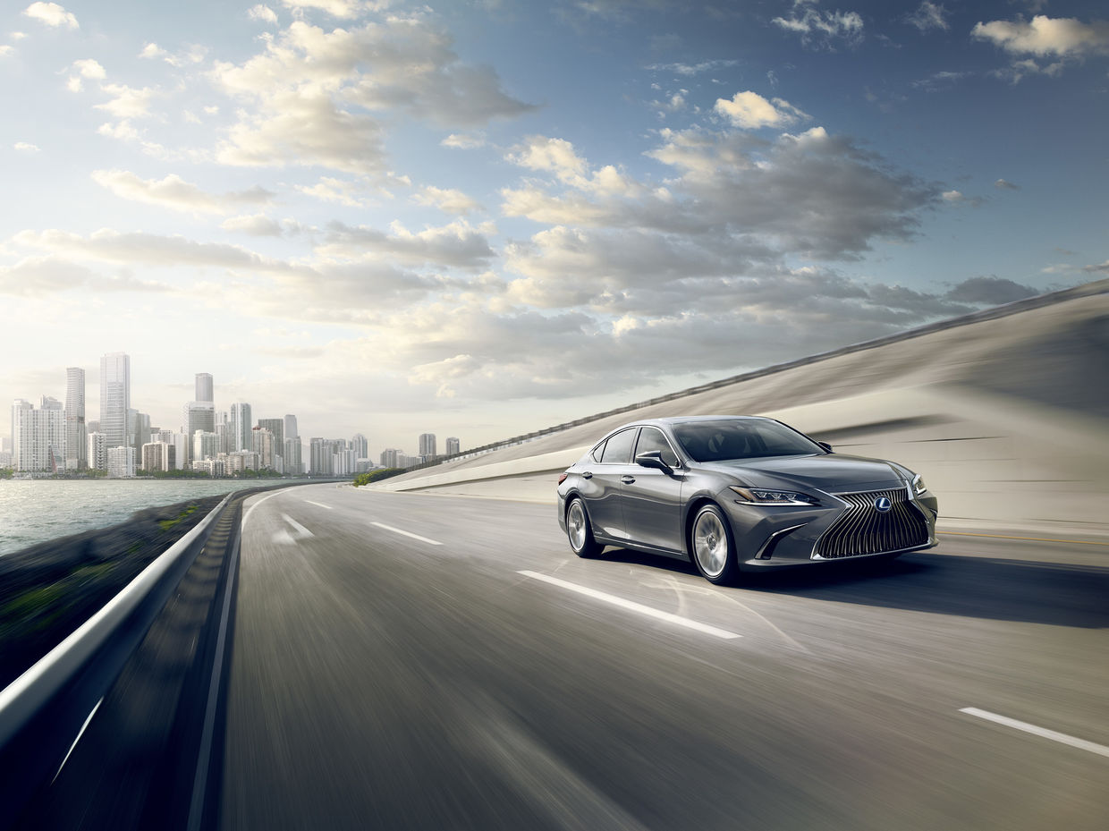 SEVERIN WENDELER: The New Lexus ES - Photography by HE&ME c/o Severin Wendeler