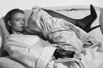'Viktorianska Viskningar' Julia Hafstrom  for ELLE SE by Andreas Öhlund & Maria Therese c/o LUNDLUND