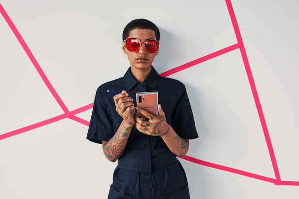 ROCKENFELLER & GöBELS: LATEST WORLDWIDE BRAND CAMPAIGN FOR SAMSUNG GALAXY NOTE 10 / 10+ BY WOLFGANG ZAC