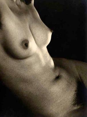 CAMERA WORK : Nudes - Position der Aktphotographie