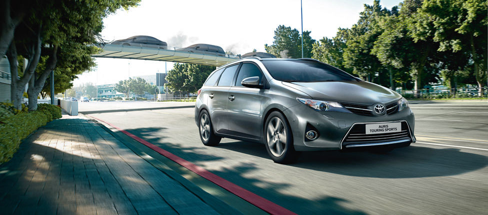 CAPE TOWN PRODUCTIONS for TOYOTA AURIS TOURING SPORTS