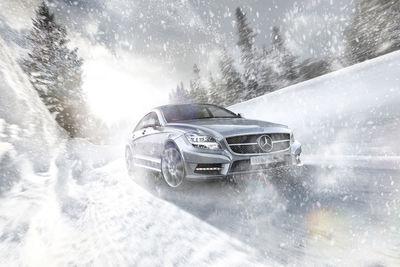 PATRICK SALONEN mit Transportation im Schnee