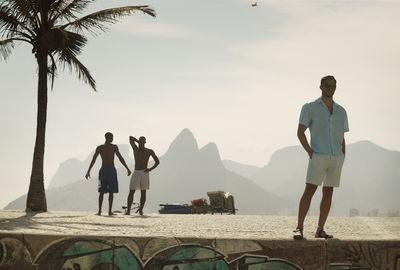 NEW CAMPAIGN: FRESCOBOL CARIOCA PRODUCED IN RIO