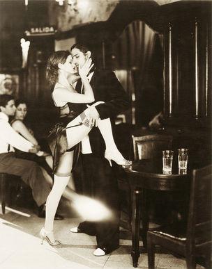 ESTHER HAASE *The Kiss, Julieta & Pedro*, Café Tortoni, Buenos Aires, May 2008
