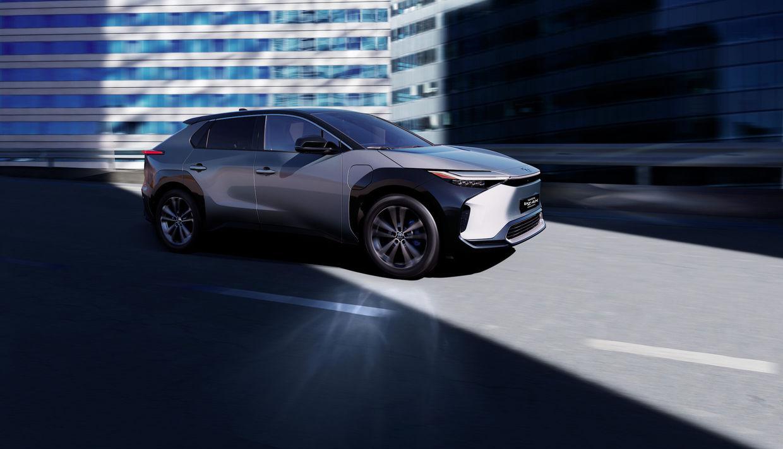 SEBASTIEN STAUB - Beyond zero Toyota electric Concept