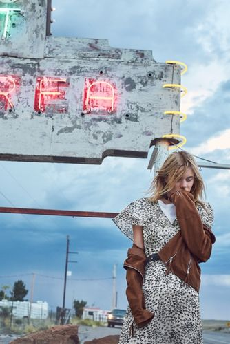 HUNTER & GATTI : Camille Rowe for MANGO / Journeys campaign
