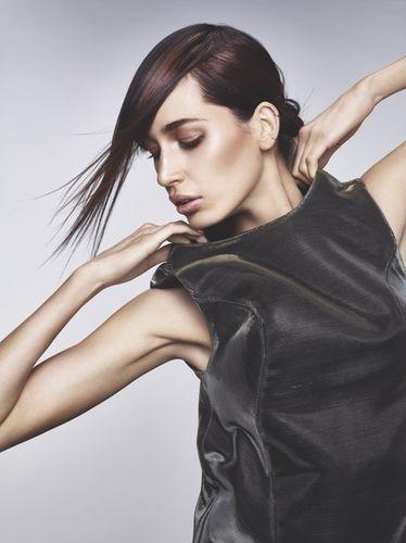 ROBA IMAGES - Essential Looks 2/2014