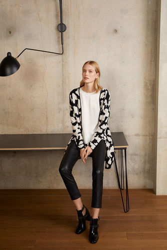 LIGAWEST ARIANE LINDHORST for LE COMTE