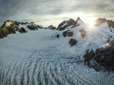 Olivine Ice Plateau by Stephan Romer