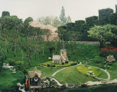 STEPHEN WIRTZ GALLERY : Catherine Wagner, Alice's World, 1995