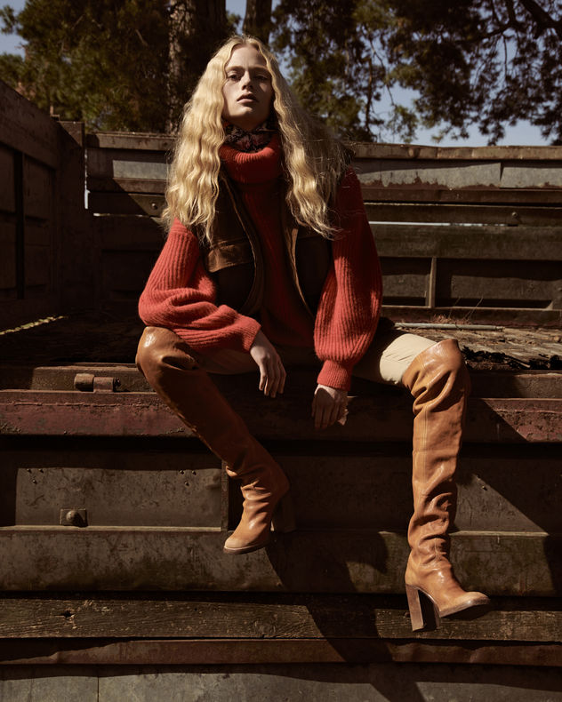 LIGANORD ARTISTS BIRGIT SCHLOTTERBECK / STYLING & PEGGY KURKA / HAIR MAKE-UP - GALA
