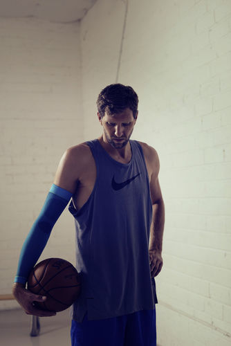 WILDFOX RUNNING: André Reinke with Dirk Nowitzki in Dallas for Bauerfeind
