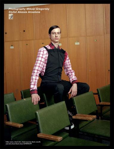 NINA HOLLENSTEINER for Replica Man Magazine