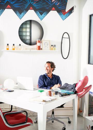 EMEIS DEUBEL: Benne Ochs shoots Patricio Miceli for Architektur & Wohnen
