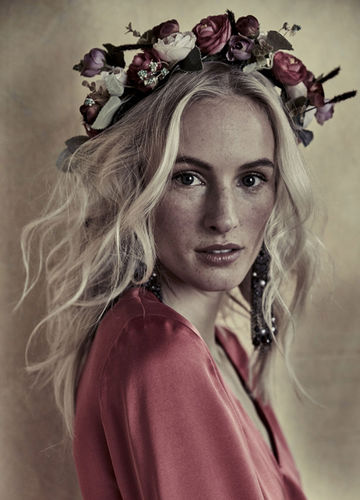 HILLE PHOTOGRAPHERS: Gipsy by Blasius Erlinger