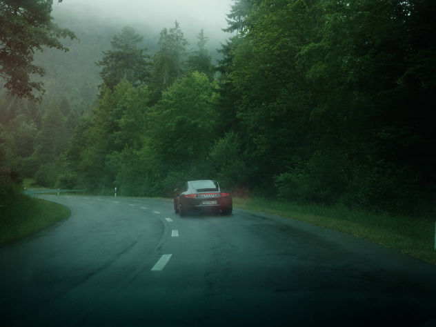 "SEVERIN WENDELER: ""4S X RAIN"" by Sebastien Staub"