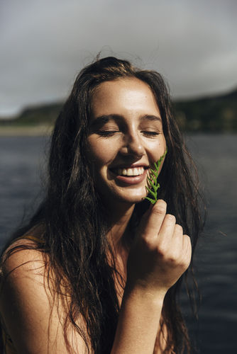 EMEIS DEUBEL: Emily Winiker - Cape Town Lake