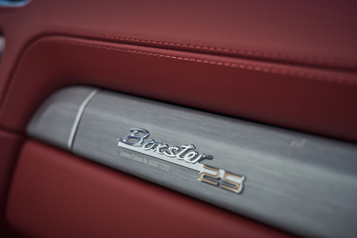VICTOR JON GOICO shot the Limited-edition model: Boxster 25 years for Porsche AG
