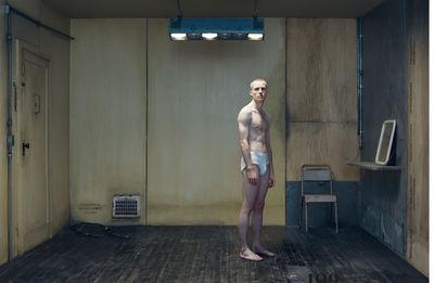 "RECOM : Mens Health - Best Fashion - Title + Editorial ""Adam Russell-Jones"""