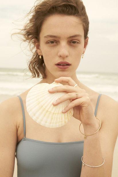 Caroline Mackintosh shoots for Dear Rae