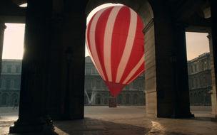 """Louis Vuitton presents """"L'invitation au voyage"""""""