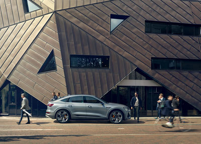 FRITHJOF OHM INCL. PRETZSCH X LAUNCHING THE NEW AUDI e-tron SPORTBACK INTERNATIONAL CAMPAIGN ARTWORK for PHILIPP UND KEUNTJE