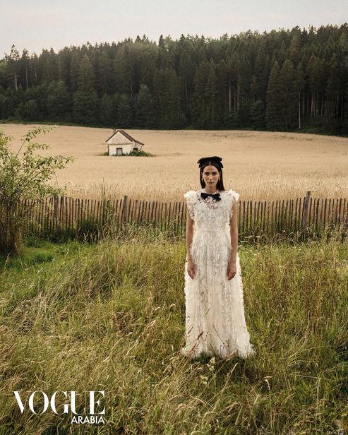 NINA KLEIN, Styling Miriam Diaz, Hair & Make Up: Jane Jakobi, Photography: Stephan Glathe, Client: Vogue Arabia