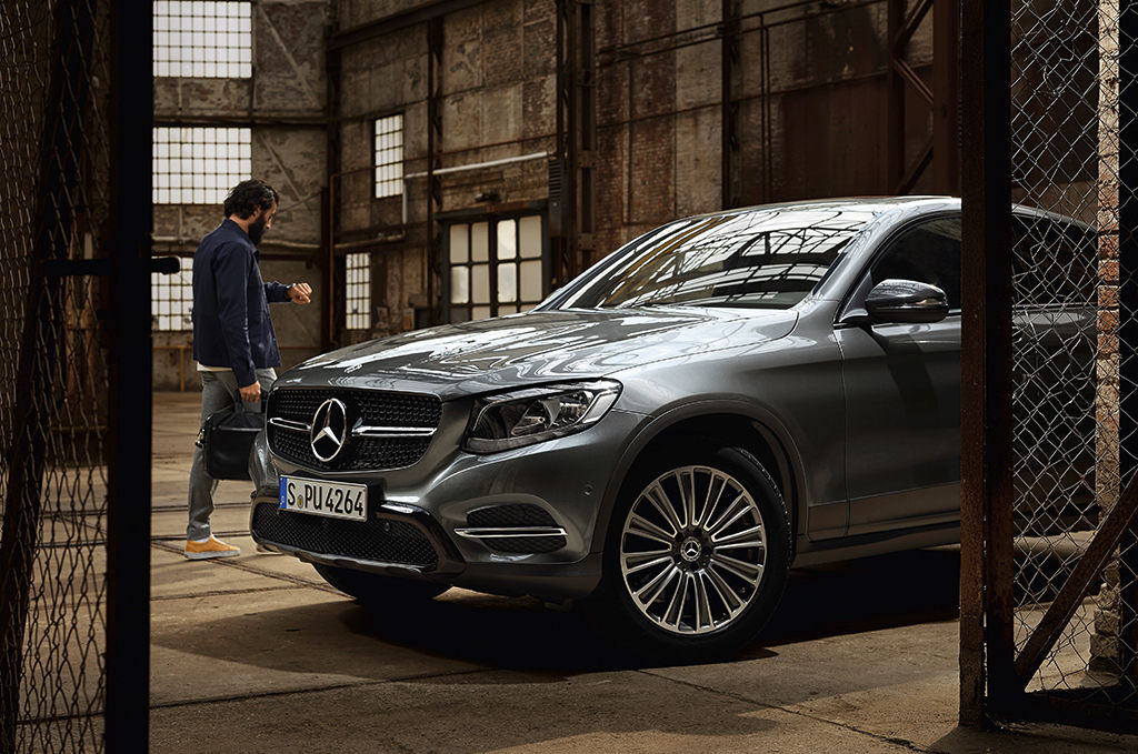 MANU AGAH PHOTOGRAPHY for MERCEDES-BENZ ACCESSOIRIES - MORE MAGAZINE