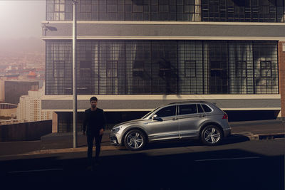 SEVERIN WENDELER: DANIEL CRAMER shoots the VW TIGUAN