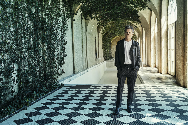 SEVERIN WENDELER: Robert Ascroft c/o Severin Wendeler portrays Kevin Bacon for Nobleman Magazine