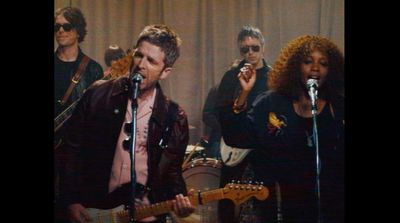 THE GRAFT : Dan Cadan and Scully direct new video for Noel Gallagher's High Flying Birds -new EP - Black Star Dancing