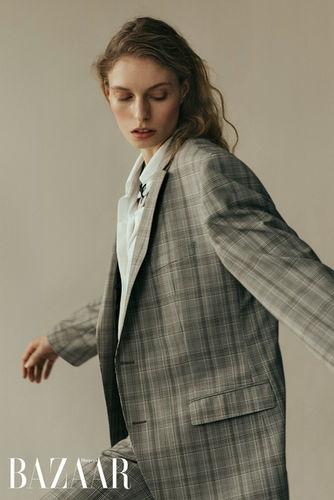 Marthe photographed by Jan Voss for Harper's Bazaar Ukraine