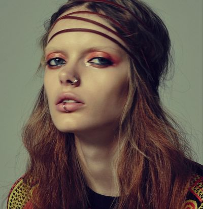 BALLSAAL : Loni BAUR (Make-up) for GLAMOUR BEAUTY BOOK #1