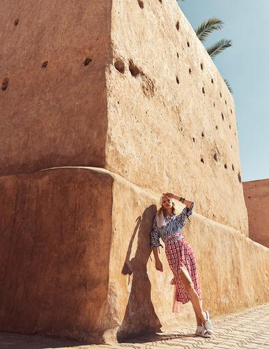 Stephan Glathe fotografiert Model Alice Cornish für eine Coverstrecke in der Grazia Serbia