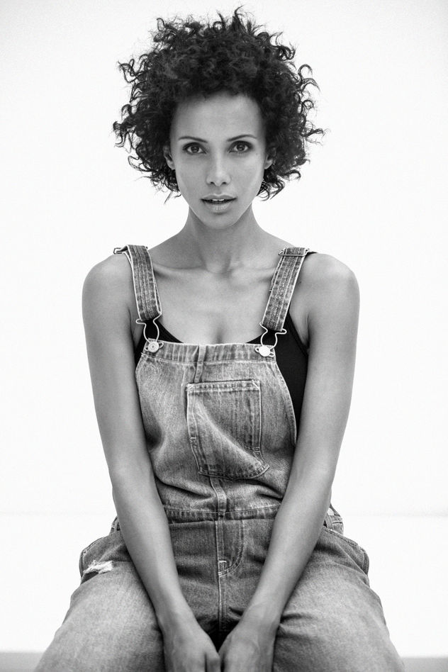 Beauty Portraits Of Actress Sonia Rolland With A Naturlal Hair
