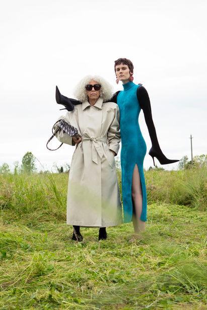 Özge EFEK c/o LES ARTISTS BY JOSEF STOCKINGER for Vogue Portugal