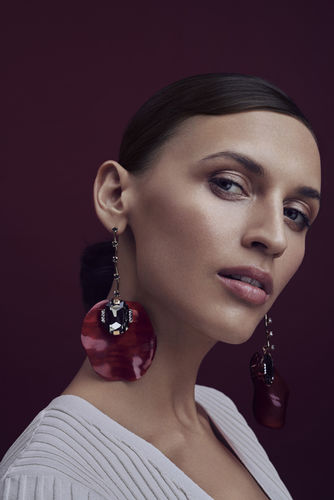Justyna Białczak for INSTYLE Poland - Makeup by Gosia Sulima  c/o AFPhoto