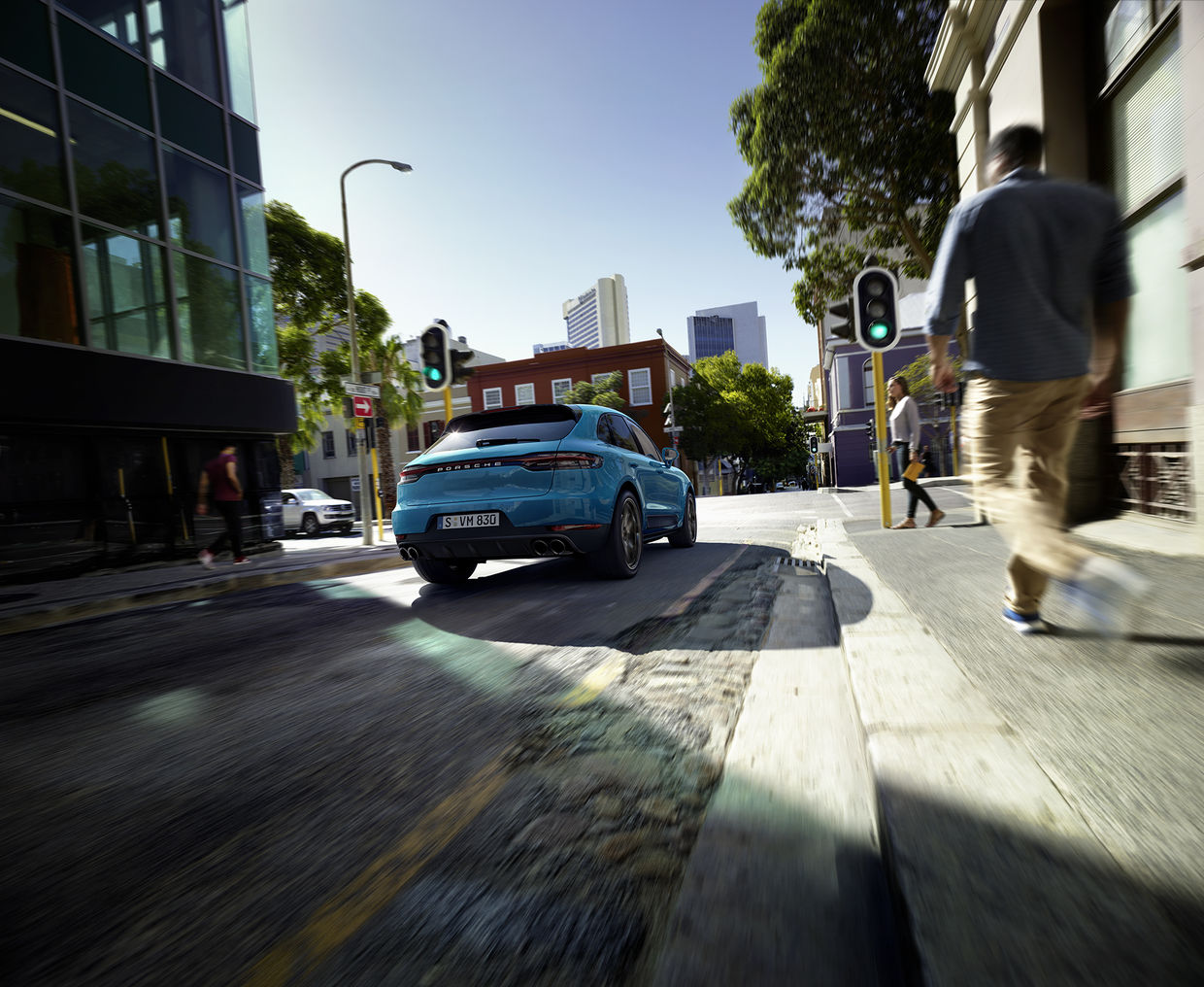 CHRISTA KLUBERT PHOTOGRAPHERS: DAVID MAURER FOR PORSCHE MACAN