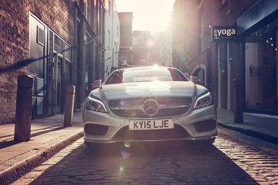 FRITHJOF OHM & PRETZSCH / Mercedes CLS / London