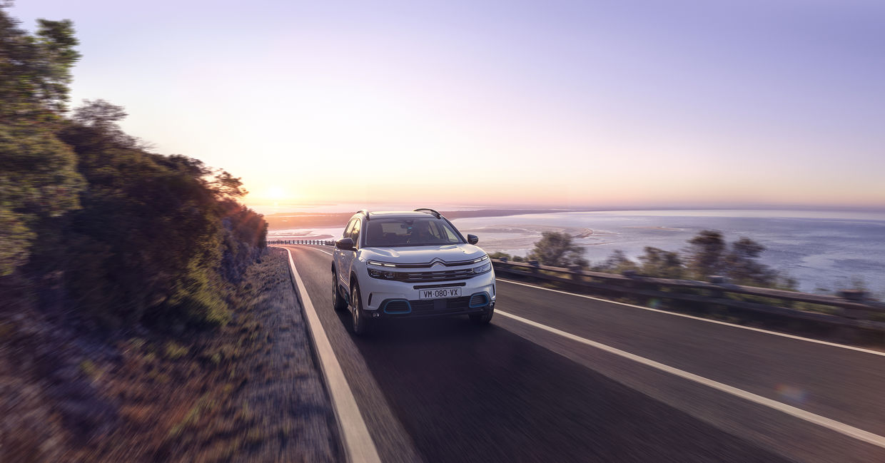New SUV C5 Aircross Hybrid produced by Continental Productions