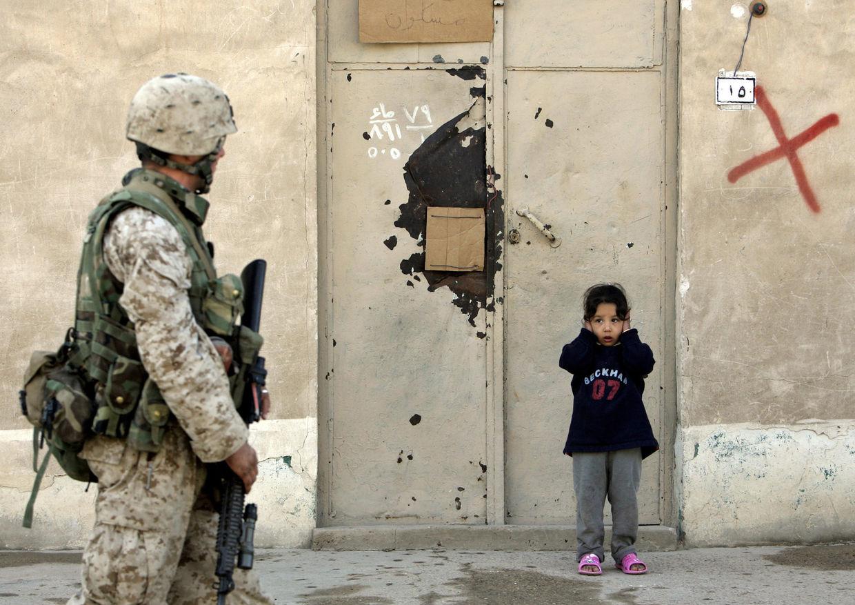 GOSEE ART: US-Patrouille in Falludscha, Irak, 5. Februar 2005 © Anja Niedringhaus/AP