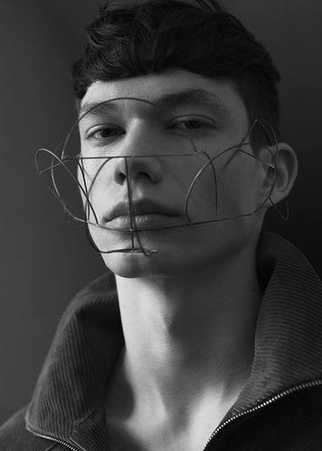 Tobias Volkmann c/o AGENTUR NEUBAUER for Kaltblut Magazin