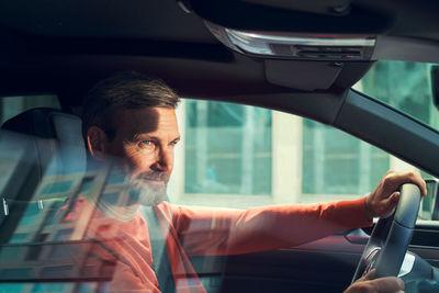 Johannes Kühn - Volkswagen Arteon People Side Shots