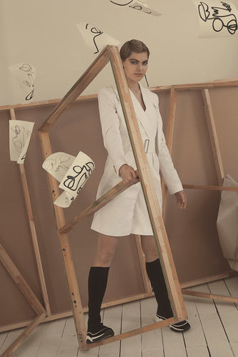 COSMOPOLA GMBH - The Artist by FRAUKE FISCHER for Marie Claire