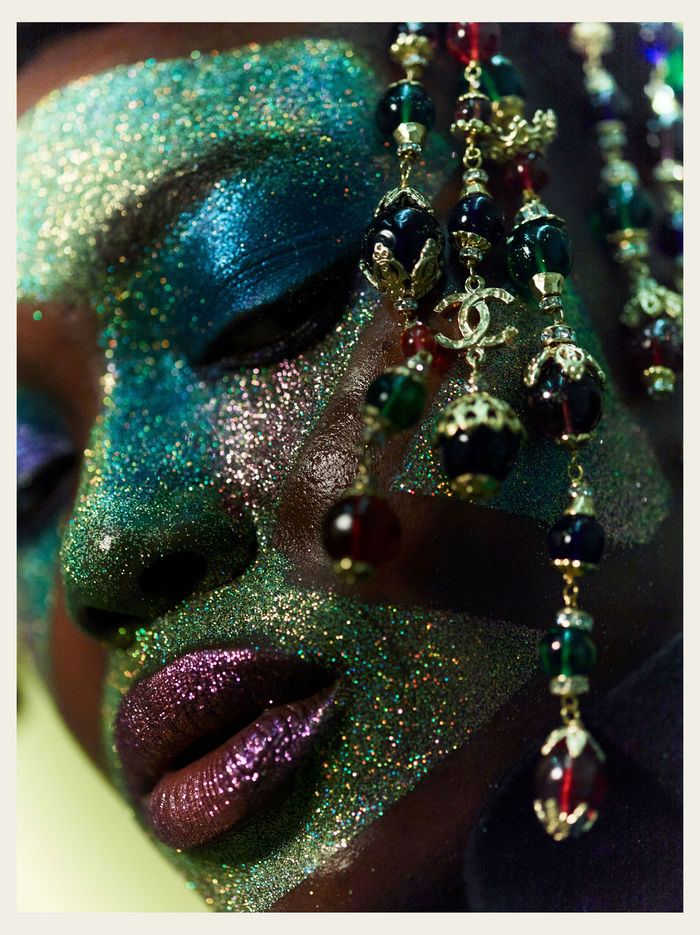 Peter GEHRKE c/o SHOTVIEW ARTISTS MANAGEMENT for Odalisque Magazine