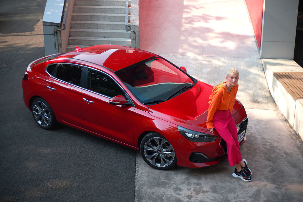 KELLY KELLERHOFF REPRESENTS! Thomas Ternes for Hyundai i30 Fastback