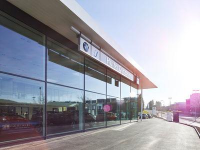 SCANDERBEG SAUER : BMW Group Switzerland