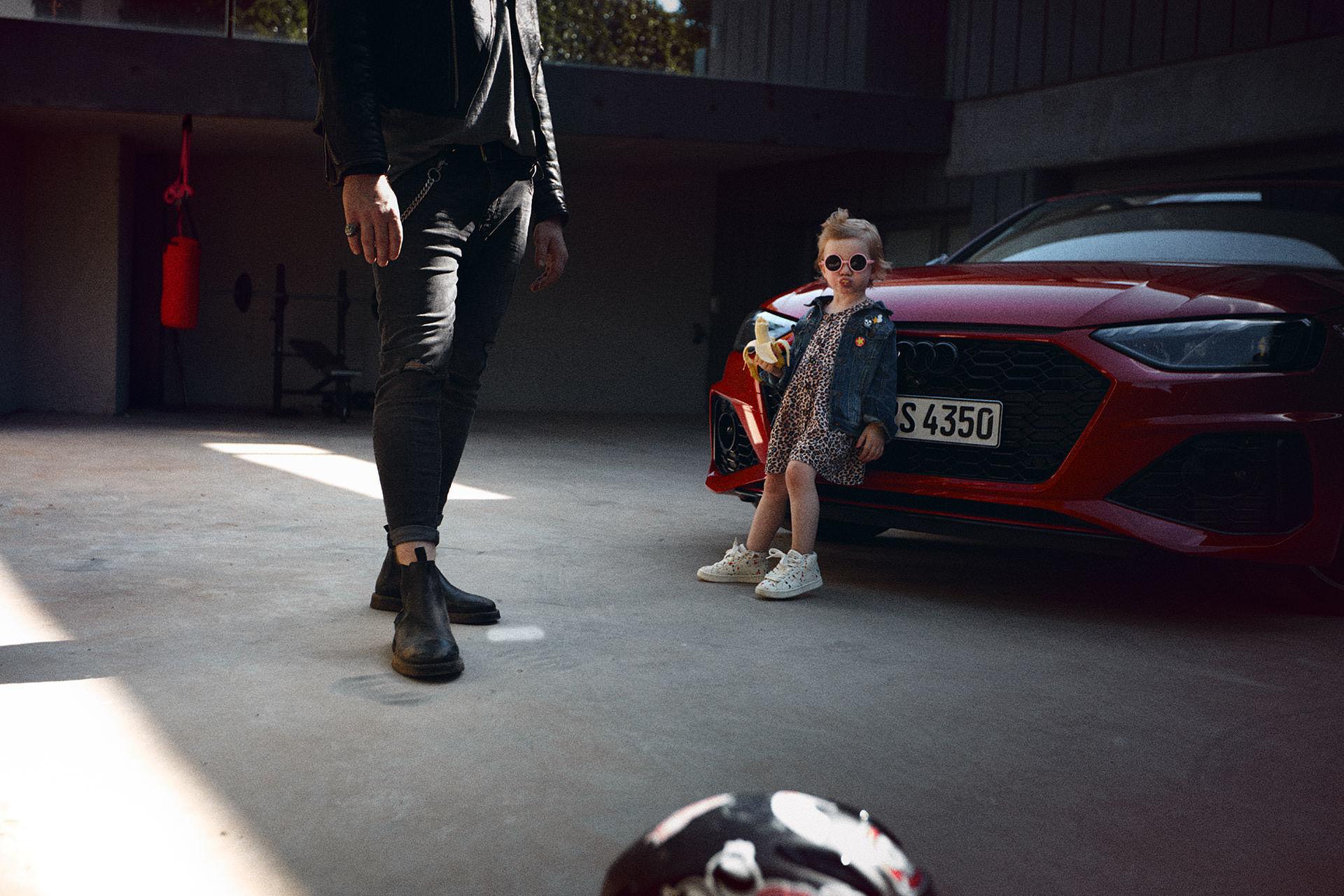 ANKE LUCKMANN MEETS AUDI RS4 AVANT AND A ROCK N ROLL FAMILY